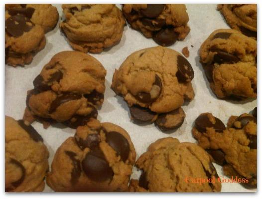chocolate chip cookies, comfort food